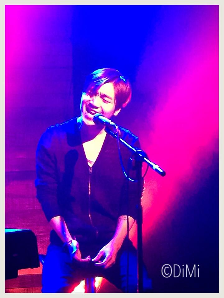 Hugh Keice performing at the Korean Cultural Centre UK in May 2014
