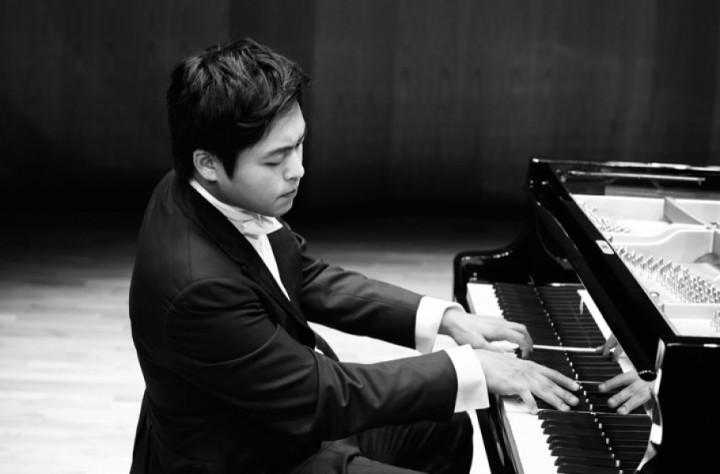 Sunwook Kim (1)
